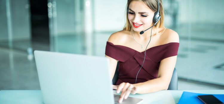 3 Ways VoIP Improves Customer Service